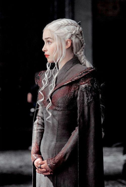 203 best images about daenerys targaryen on pinterest for Daenerys jewelry season 7