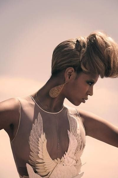 Beyonce Who Run The World (Girls) Music Video