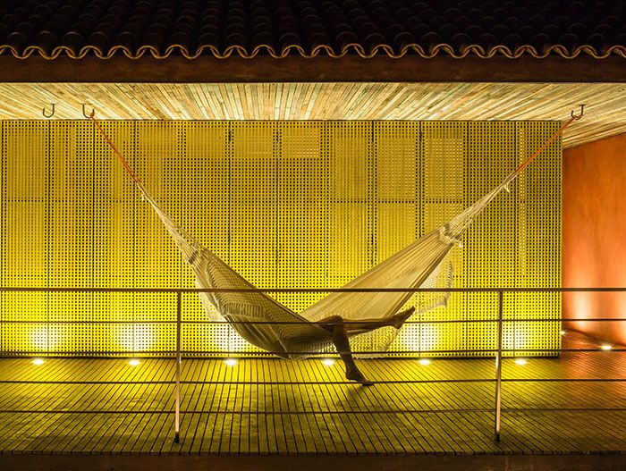 Striking modern house by Studio MK27 in Brazil - hammock
