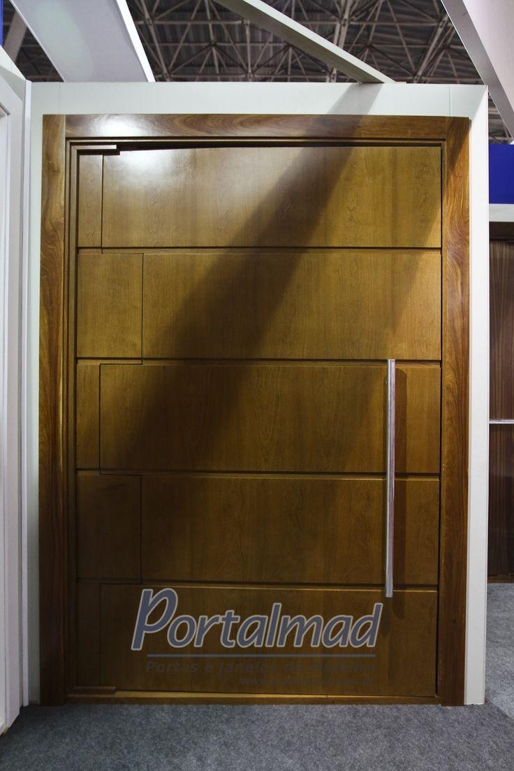 Porta de Madeira Pivotante - Modelo Passione