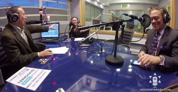 """In an exclusive interview, VOI's Daniel Seaman and Daniela Traub are joined in-studio by former """"Saturday Night Live"""" comedic star and current radio host Joe Piscopo, who broadcast his program last week from the Voice of Israel studios in Jerusalem. He describes his visit to the Holy Land, the spiritual uplifting he experienced touring the"""