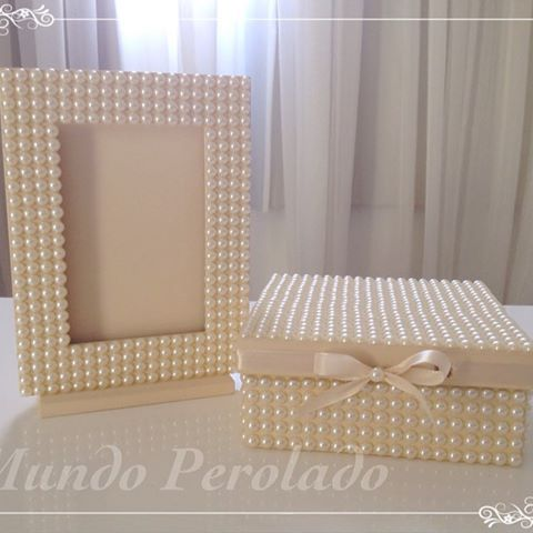 #portaretrato #portaretratodeperolas #caixas #caixinhas #caixasdecoradas…