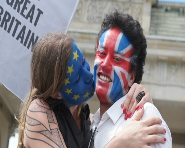 """EU Referendum 2016: Brexit """"Remains"""" Projected To Win, Britain Stronger In EU - http://www.morningledger.com/eu-referendum-2016-brexit-remains-projected-to-win-britain-stronger-in-eu/1380610/"""