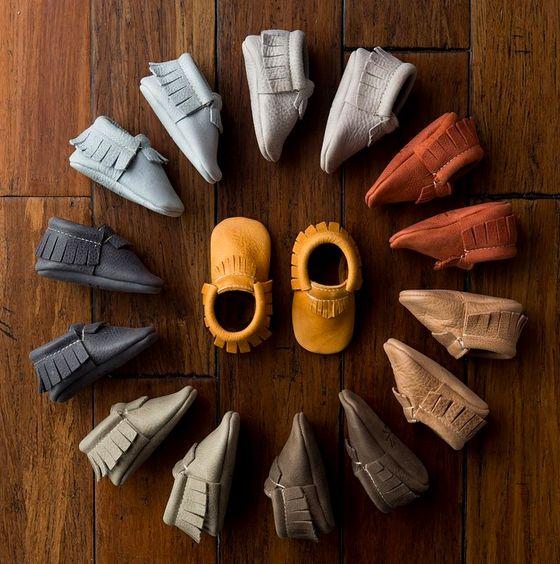 baby shoes. My future child doesn't need ALL of these shoes, I'm just pinning bc athesteticly pleasing