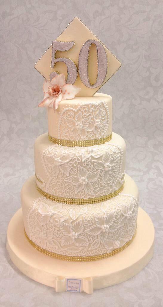 Wedding Cake Vintage per un anniversario speciale di 50 esimo matrimonio , Brescia Italy , www.tortedigiada.com cioccolato , Pastry chef  0039 3403745199