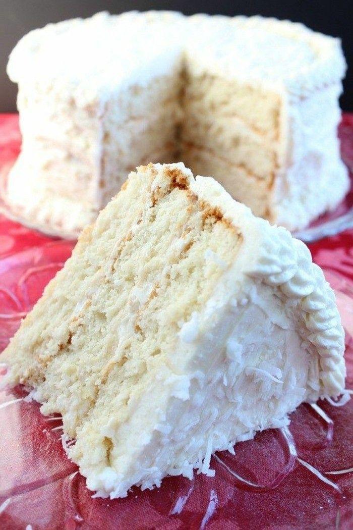 tarta-facil-con-crema-blanca-coco-y-manzanas