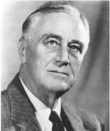 Franklin Delano Roosevelt. Al marcharse Carmen de España por culpa de la guerra civil, recaló en los Estados Unidos. El presidente Franklin Roosevelt la invitó a la Casa Blanca. Actuó Carmen y el Presidente le regaló una chaqueta bolera con incrustraciones de diamantes.
