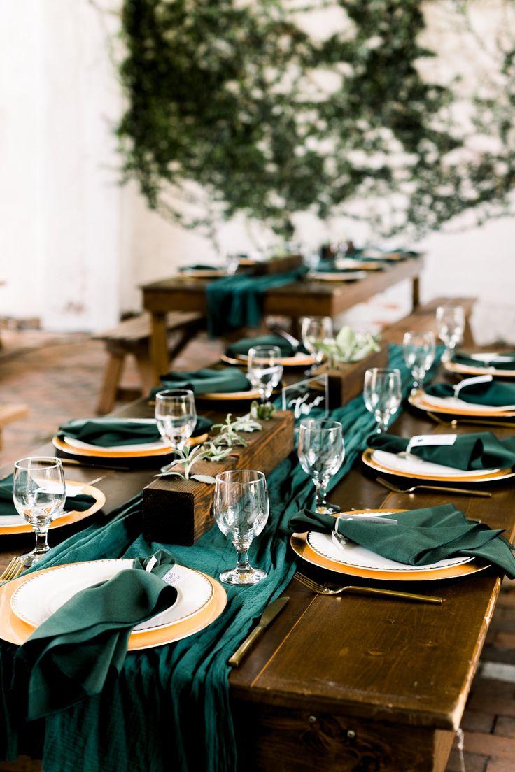 Emerald Hand Dyed Gaze Tischläufer   – Wedding
