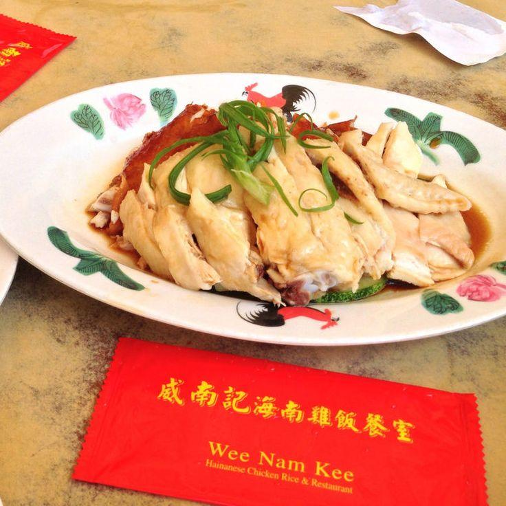 マーライオンや天空のプールで有名なマリーナベイサンズなど観光スポットが充実しているシンガポール。実は、世界中から美味しいものが集まっているんです。今回は、シンガポールの人気ご当地グルメも含めて、現地駐在員お墨付き穴場グルメスポットを紹介したいと思います!  発起人肉骨茶餐館の「バクテー」@ Balestier Rd...