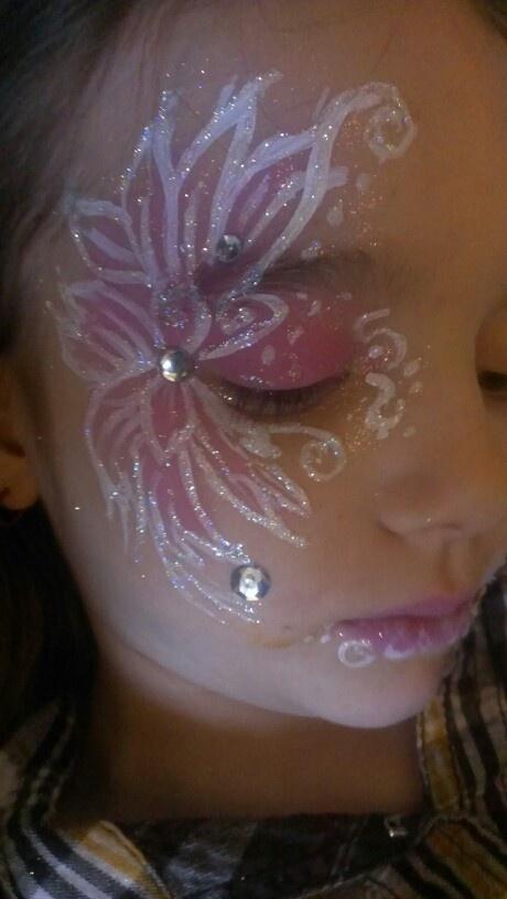 Glitter pink flower design