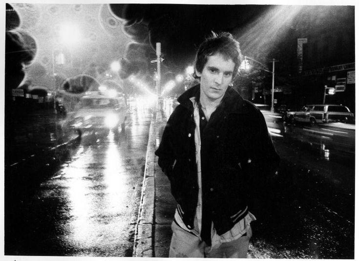 Singer-songwriter Alex Chilton (1977).