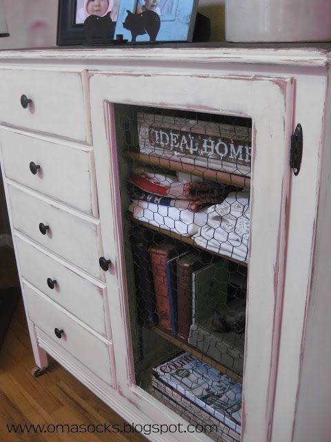Antique Children's Dresser ReDo...