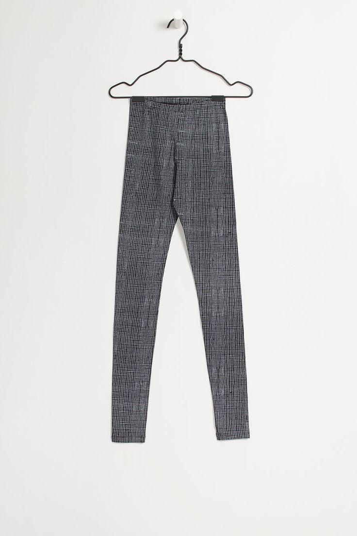 kowtow - 100% certified fair trade organic cotton clothing - Gridlines Legging