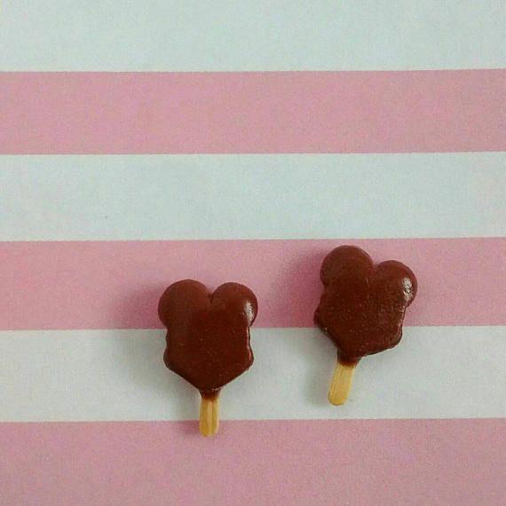 Mickey hielo crema barra pendientes - polímero hechas a mano arcilla Mini comida postre dulces joyas - Disney Disneyland tratar recuerdo
