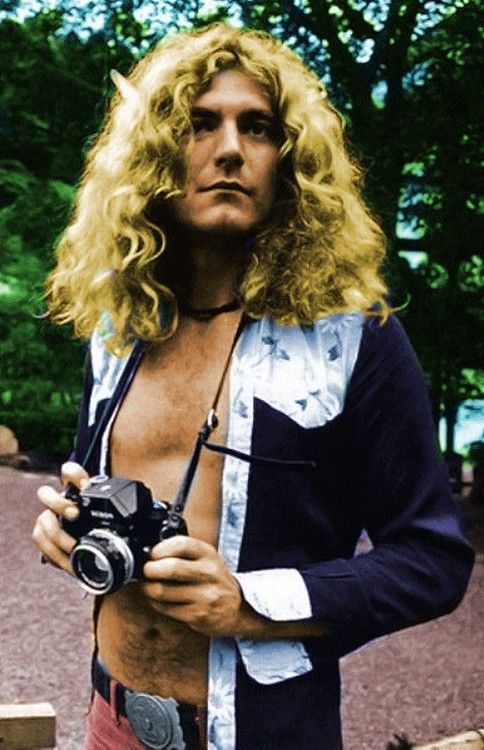 - Robert Plant of Led zeppelin, Japan 1971. #music #singer #ledzeppelin…: