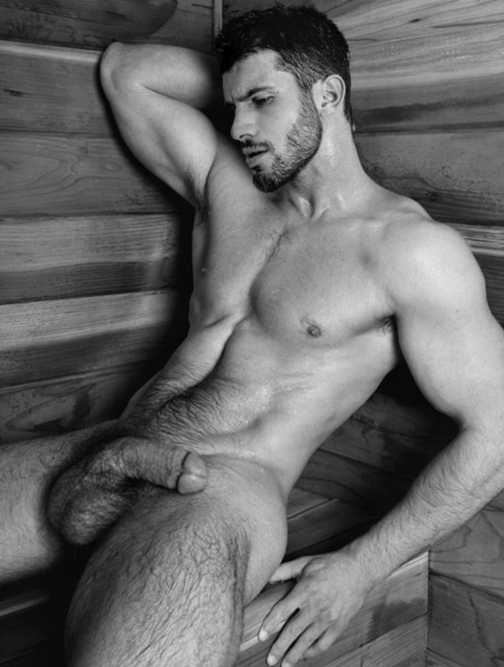 Nude handsome men photos — pic 12