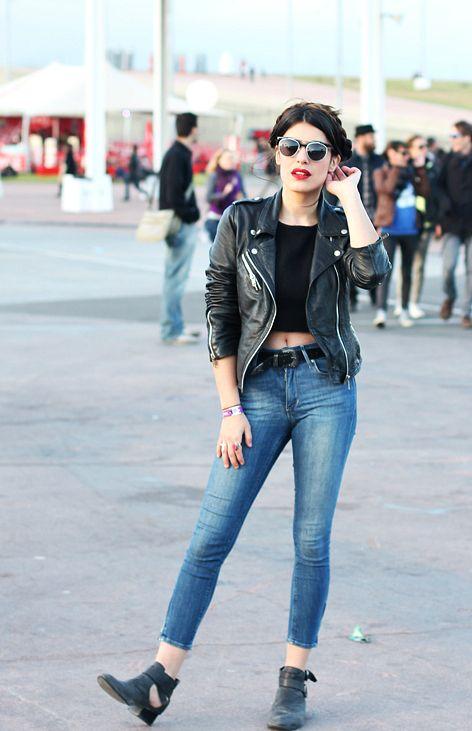 Jacket:Zara/ Shirt:Forever21/ Jeans:HM/ Belt:Asos/ Sunglasses: other stories/ Shoes:Jeffrey Campbell via Aurevoircinderella(image:dulceida)