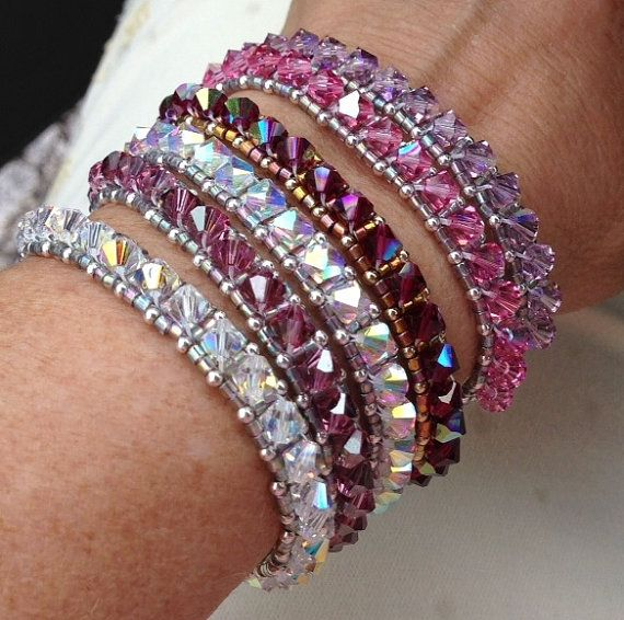 PATTERN Stack Um Up Bracelet Right Angle Weave di BaublesbyBalonis, $4.00