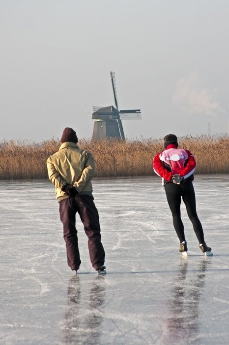 winter, skaters in Holland