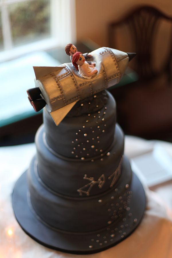 Space ship cake topper