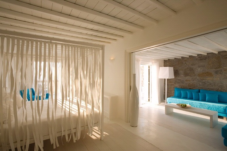 Hotel philosophy in Mikonos: Cavo Tagoo