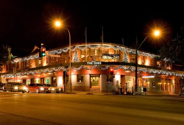 Project Gallery | Chas Clarkson  The Oaks Hotel Neutral Bay NSW