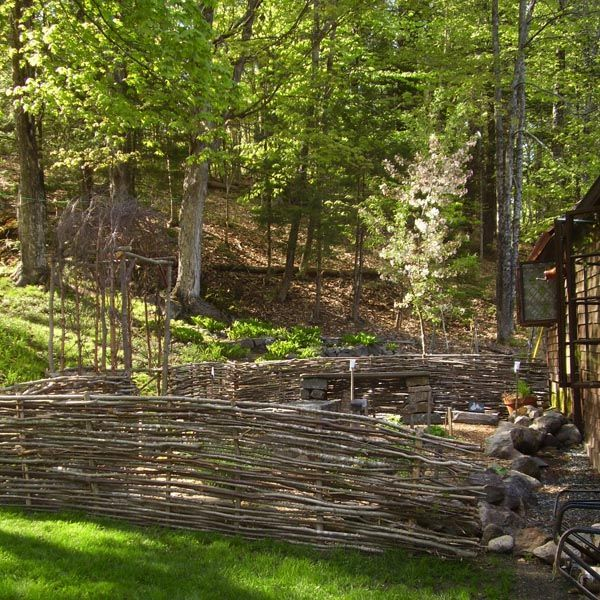 how to build a waddle fence for your homestead. Black Bedroom Furniture Sets. Home Design Ideas