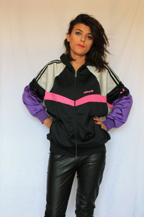 Shop Nike tracksuits for men, boys and girls, and be sure to explore the complete collection of women's Nike clothing for additional sport-specific and everyday options. Customize a .