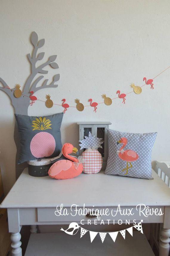 10 best d coration th me tropical flamant rose et ananas - Coussin flamant rose ...