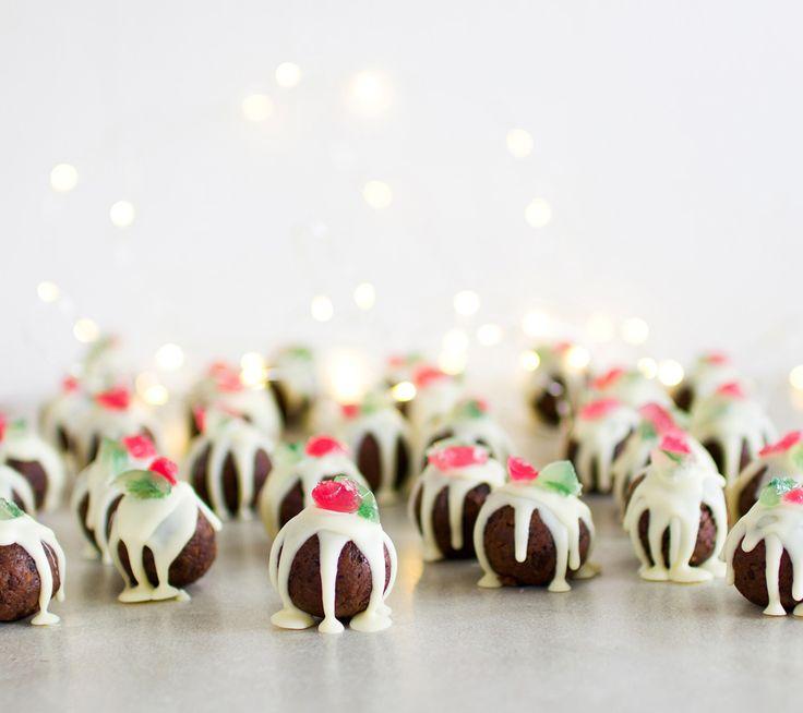 The Kiwi Cook   Christmas Pudding Truffles   http://thekiwicook.com