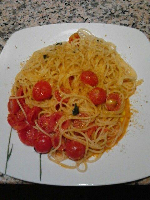 Spaghetti pomodorini freschi e bottarga di muggine