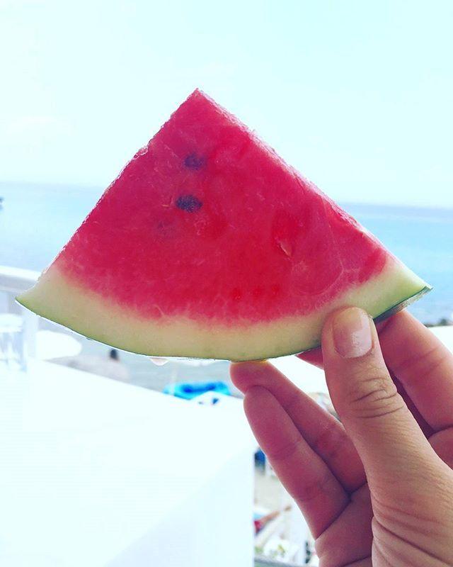 Fruity mornings🍉🍉 #stemaworld #fruits #watermelon #healthy #summer #sea  #holidays
