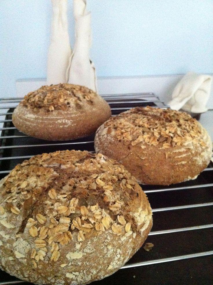 Sourdough oatmeal bread