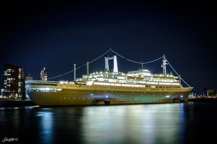 SS Rotterdam ...
