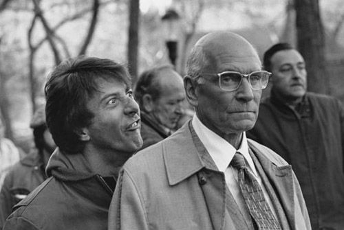 Dustin-Hoffman and Lawrence Olivier on the set of Marathon Man (John Schlesinger, 1976)
