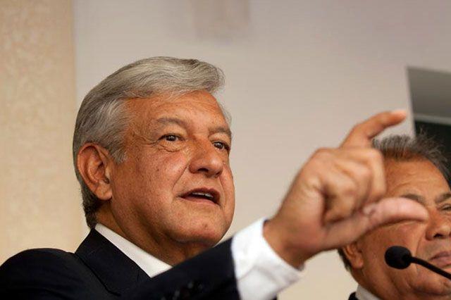 m.e-consulta.com | López Obrador critica las políticas erradas de Peña Nieto | Periódico Digital de Noticias de Puebla | México 2015