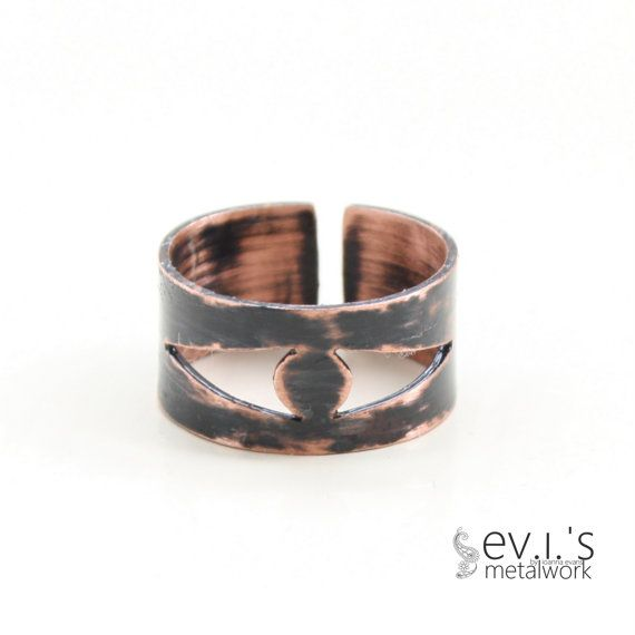 Copper Black Circle Triangle Ring Unisex Hand Cut by evismetalwork, €18.00