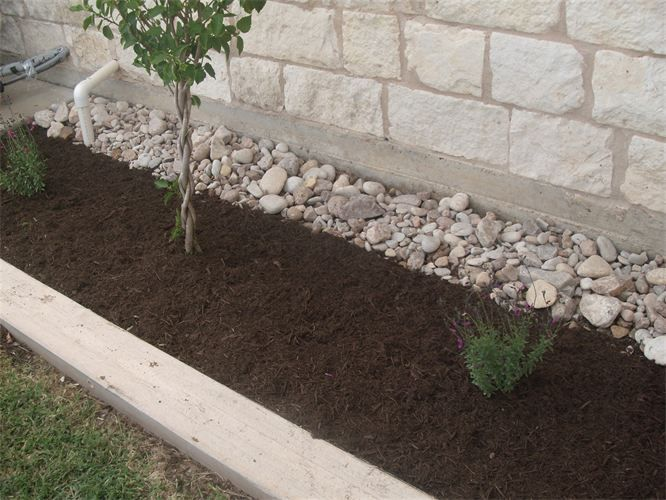 Best 25 landscaping rocks ideas on pinterest diy for Rock garden bed ideas