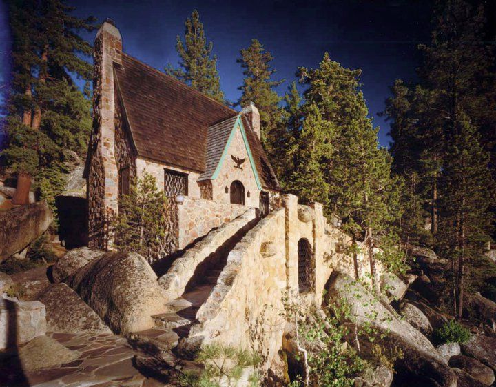 Thunderbird Lodge at Lake Tahoe, a National Historic Site. I've never been to this spot, but would love to go.