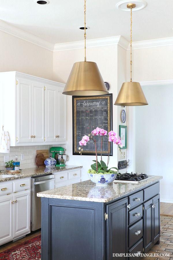 Brass Pendant Lights In The Kitchen Kitchen Pendant Lighting Kitchen Pendants Brass Kitchen Lighting