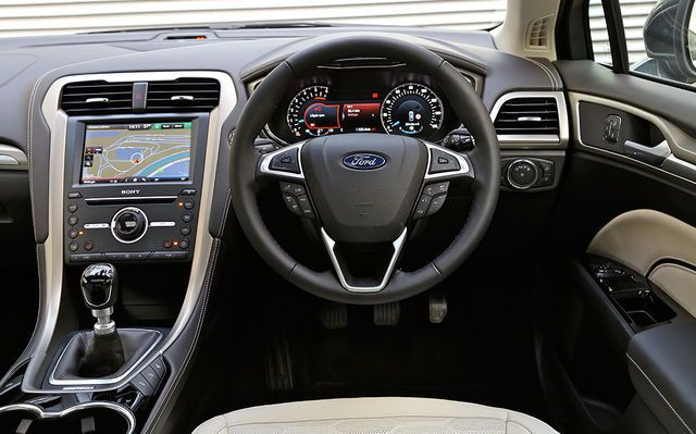 2016 Ford Mondeo Vignale Sedan Ford Mondeo