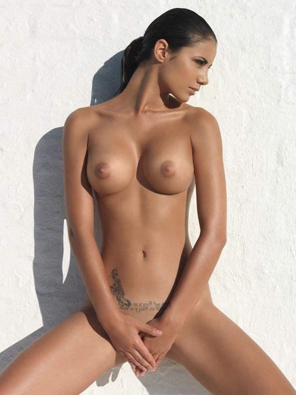 Stephanie courtney nude picture — photo 6