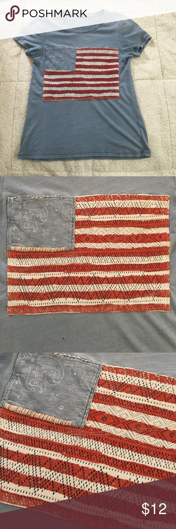 Lucky Brand Los Angeles CA Small American Flag Lucky Brand T-Shirt. Has some small holes/rips. But still in good condition. Perfect for the 4th of July! Follow me. I post everyday! :) Lucky Brand Tops Tees - Short Sleeve