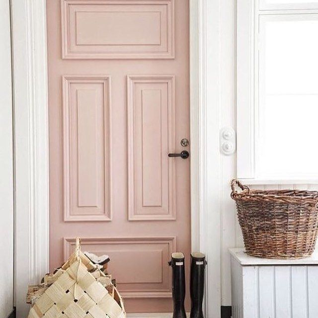 Paint And Paper Library A Pink Door I Love Pink This Colour Temple Paintandpaperlibrary Makes It A Stylish Front Door Colors Pink Front Door Door Color