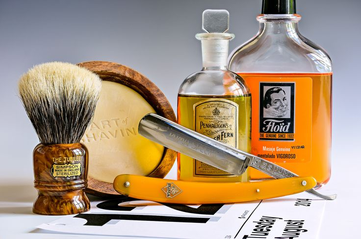 "The Art of Shaving lemon shave soap bowl, Simpson Jubilee badger brush, Puma Special 88 5/8"" straight razor, Floid Vigoroso aftershave, vintage Penhaligon's English Fern cologne, August 12, 2014"