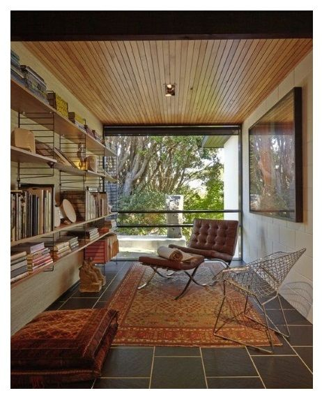 Library of Thames home by modernist architect Franz Iseke.