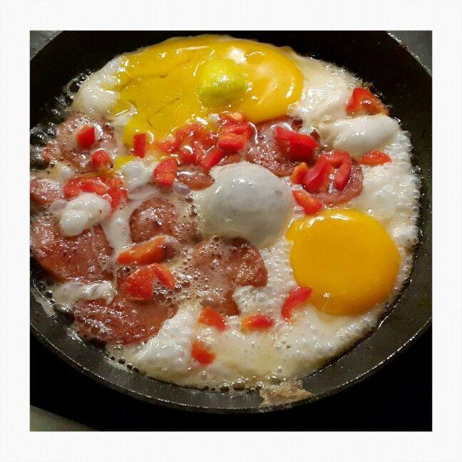 Morgenmad æg medister