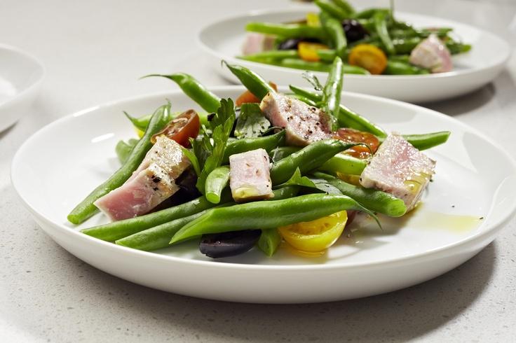 Chargrilled tuna and bean salad