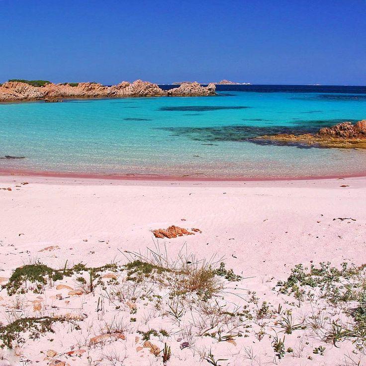 Think Pink . #top_italia_photo #italiainunoscatto #nature_altinkare #sardegna #sardinia #loves_skyandsunset #loves_bestpic #loves_mediterraneo #loves_italia #loves_madeinitaly #loves_life #loves_meteo #vivo_italia #italy_hidden_gems #italy_photolovers #pocket_beaches #photo_beaches #splendid_beaches #vip_world_photo #bns_seabeach #ig_europa #world_great #sud_super_pics #italia_super_pics #tv_aqua #photoworld_star #panoramimeridionali #living_europe #yallersitalia #yallerssardegna