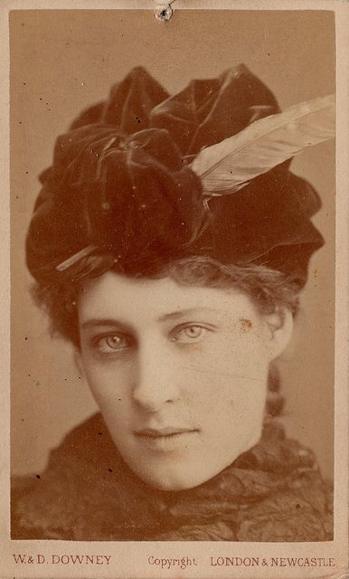 CDV of Lillie Langtry by W. & D. Downey